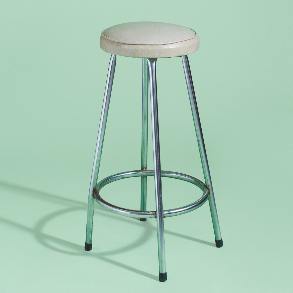 BA008-Boris The Bar Stool-2