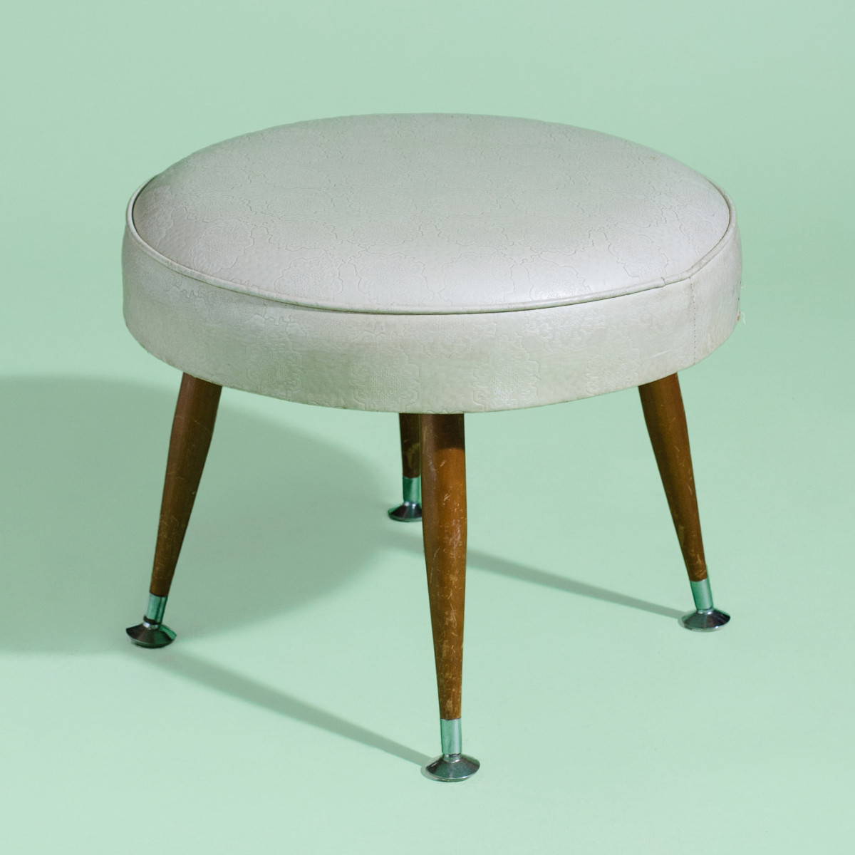 LN029- Herby The Cream Footstool-1