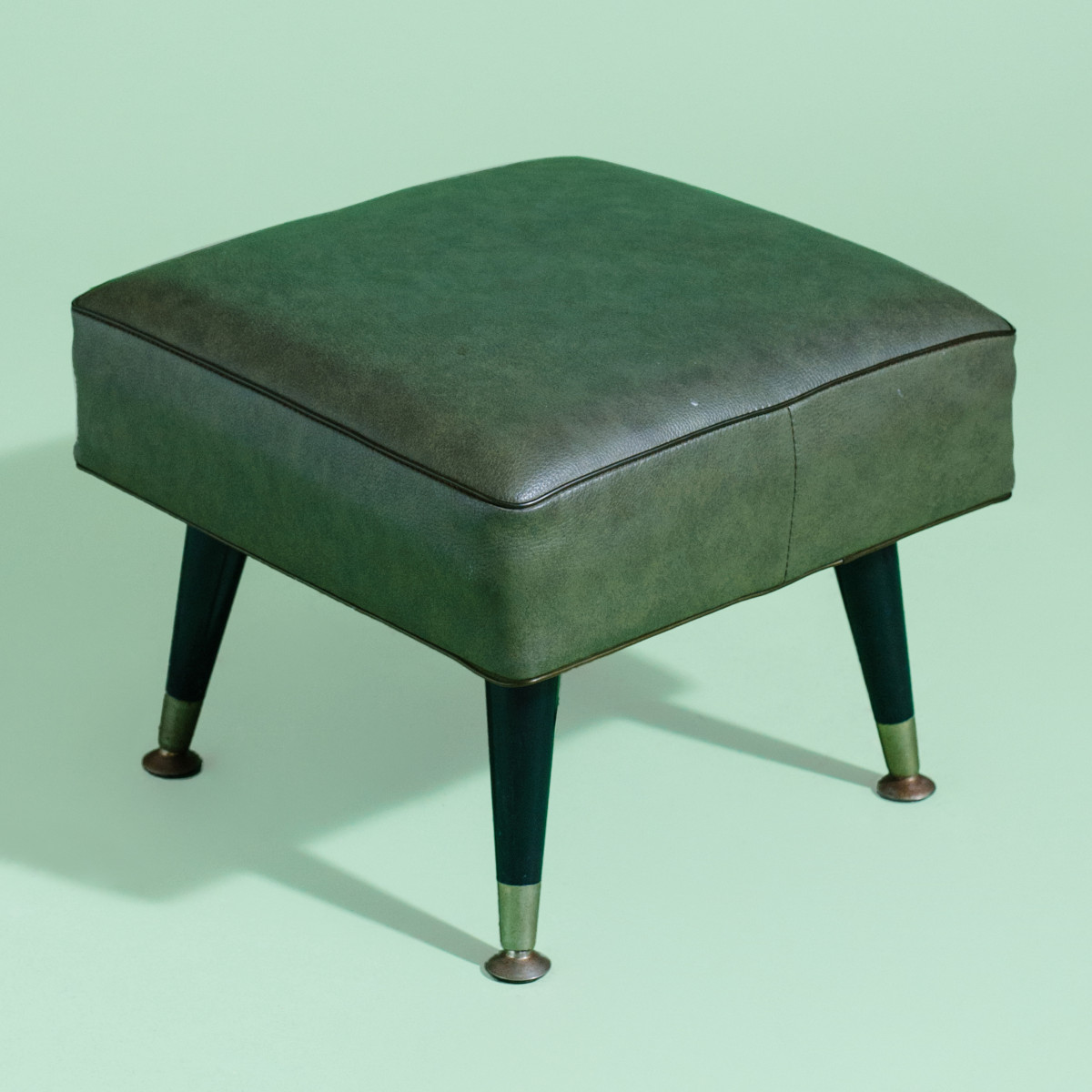 LN047- Run Forrest Square Green Footstool-1
